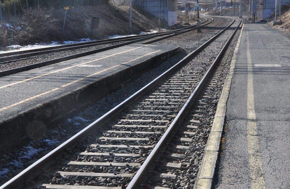 ÅTTE SELSKAP: Åtte selskap er bedne om å kome med tilbod på vedlikehald av Sørlandsbanen.