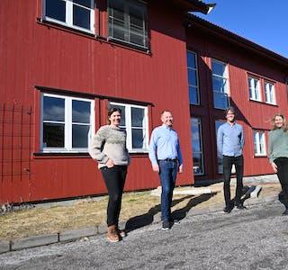 Spørsmål 4 og 5: Sør Arkitekter satsar i Bø og har tilsett fleire nye medarbeidarar. F.v. Tine Schia, Roger Heimdal, Øyvind Dag Dahle og Marianne Straume.
