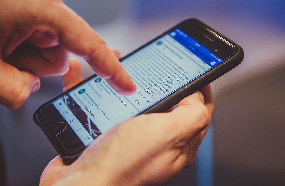 STOPP. TENK. SJEKK. Medietilsynet lanserer nå i samarbeid med Faktisk og Landslaget for lokalaviser (LLA) ein informasjonskampanje om korleis ein kan avdekke falske nyheiter.