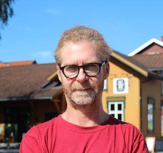 SOMMARTURISTEN: Jarl Løkkeborg frŒå Łlesund trivst godt pŒå Teksten Camping.