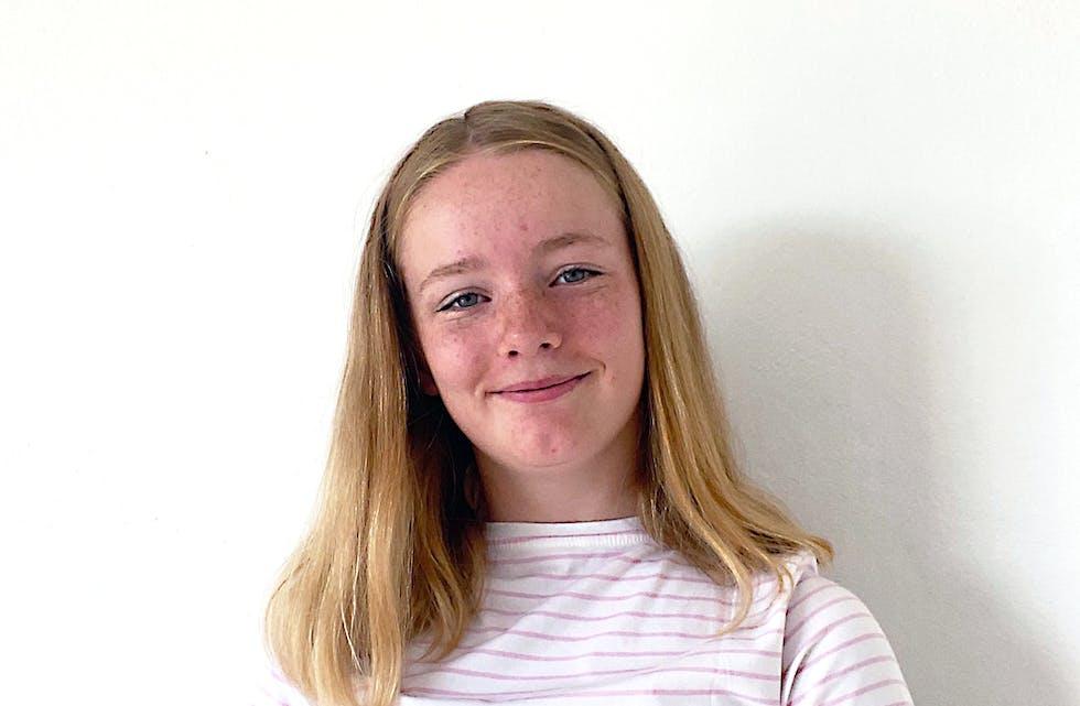 DEN FYRSTE SOMMARJOBBEN: Ellen Hogstad-Erikstein har sin aller fyrste sommarjobb denne sommaren.