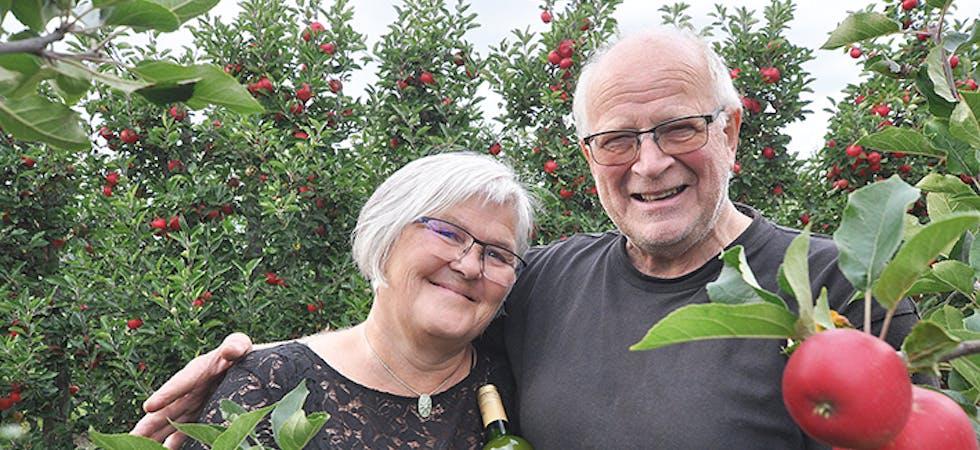 Epleavis  Anders Høibø og Karine Nybøle Høibø Eventyrmost Noregs beste eplemost 2021. eple discovery