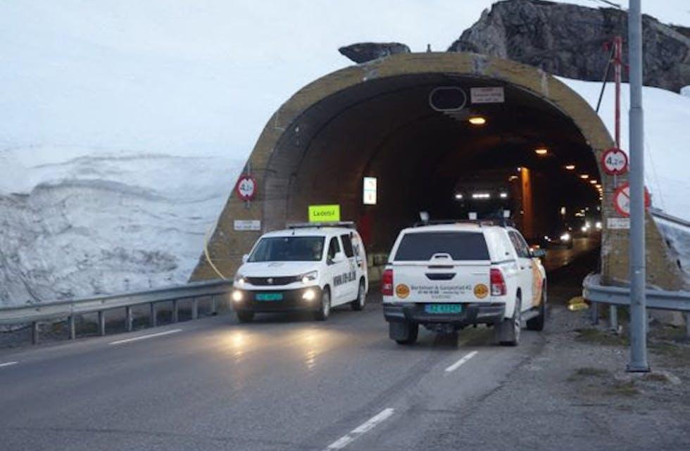 KOLONNE: Det blir kolonnekøyring med leiebil over Haukelifjell fram til 1. november.