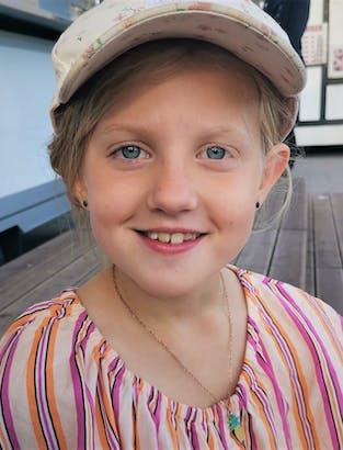 211021 Mathilde 8 år