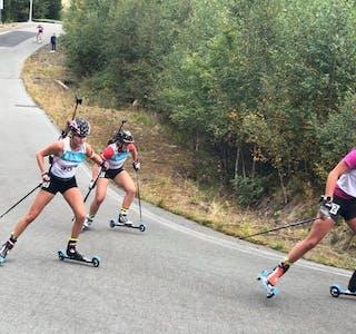 GODERESULTAT:Mari Haugenes Elvestad (t.v.) har gjort det godt i K19-cupen i år.